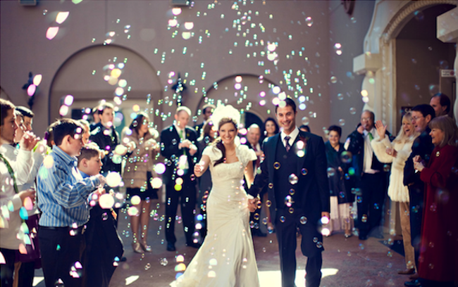 Tips To Make Your Wedding Super Awesome Planner