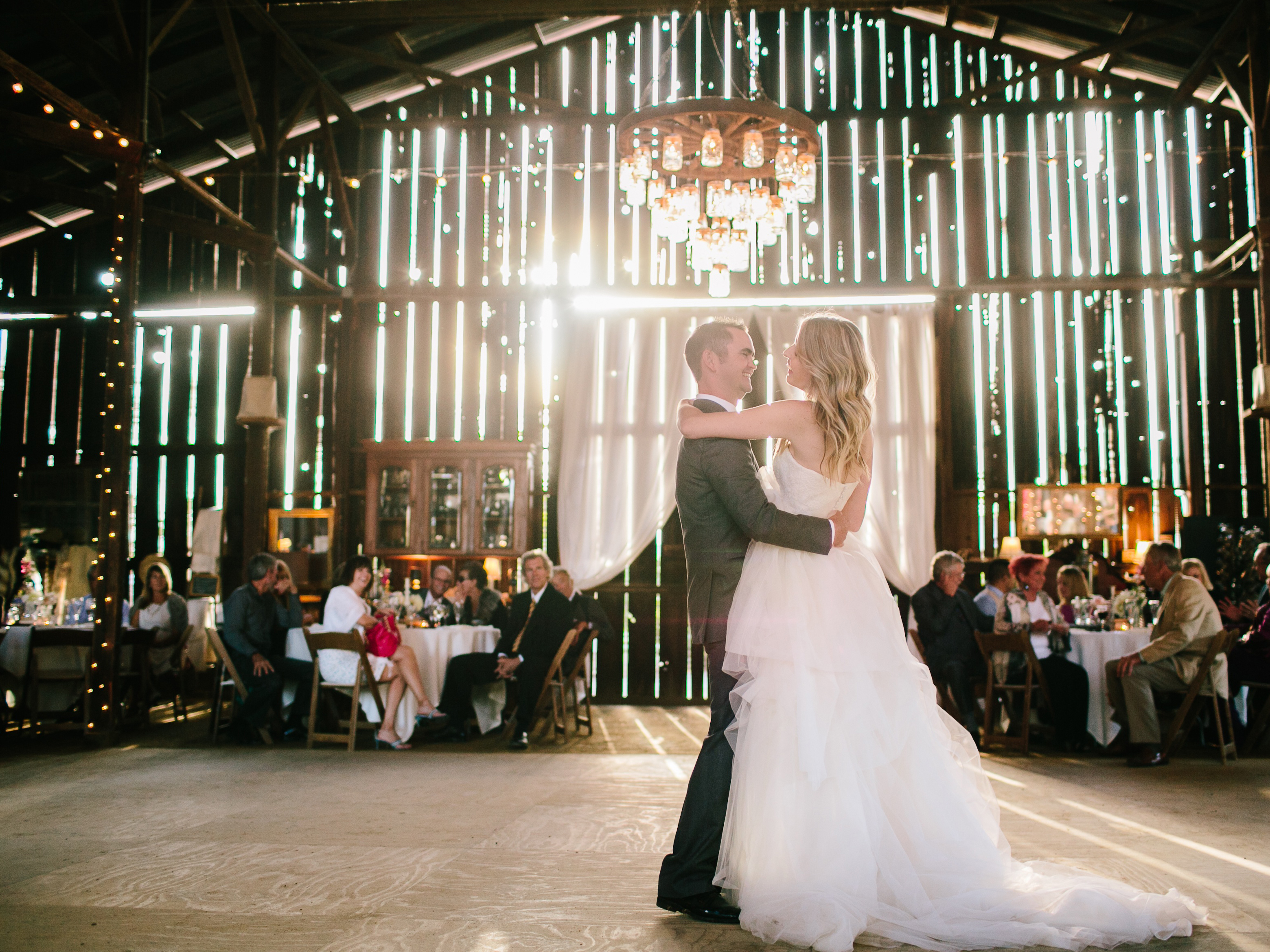 Tips To Own Your Wedding Dance Wedding Planner